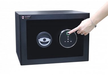 Рисунок №3 Сейф М.30.FP Black биометрический замок